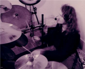 Huge plays drums for Toy Factory about 1994.